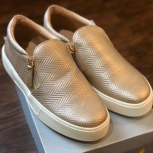 Volatile Champagne Waco Sneakers Size 7